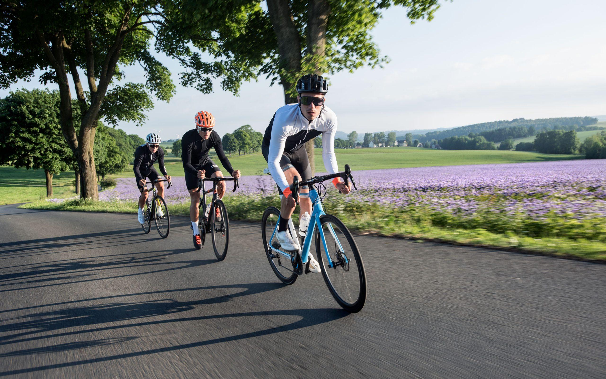 Bikeline_Fahrradbekleidung_Helme_Schuhe